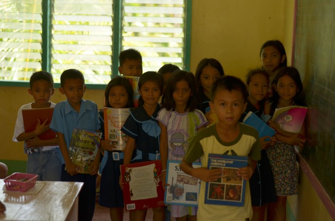 Munting Aklatan Books for a Cause